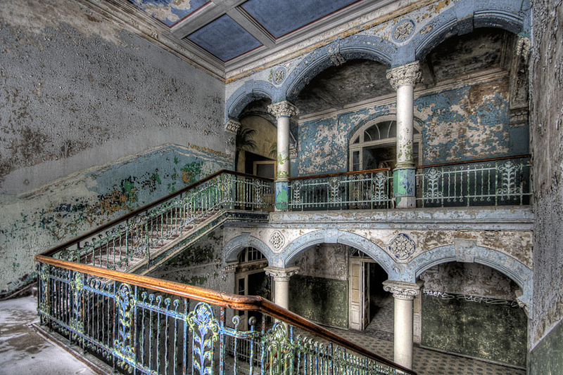 abandoned-places-22