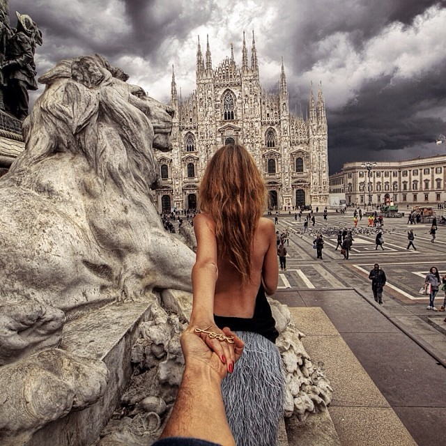 This Awesome Guy Takes The Most Stunning Photos As His Beautiful - Guy takes awesome photos girlfriend tugs along